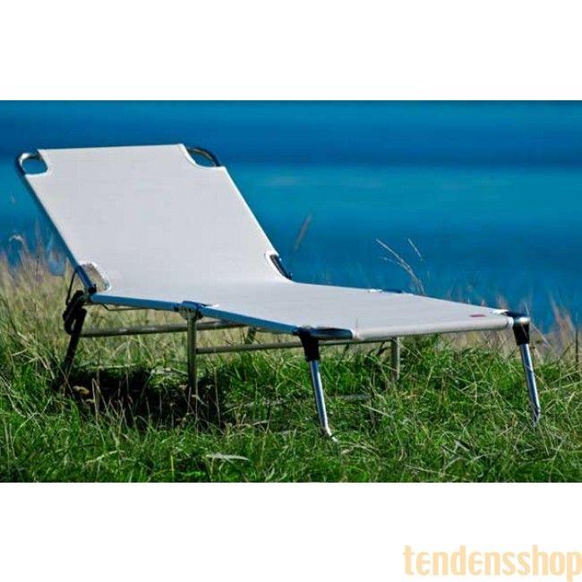 Enkel og elegant solseng fra Fiam. Amigo 035TX er en klassisk vedligeholdelsesfri solseng der kan slåes helt sammen så den næsten ikke fylder noget. #fiam #amigo #solseng