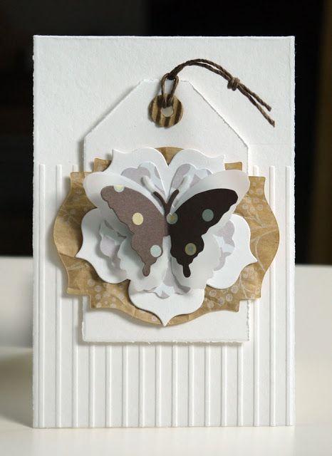 """Schmetterling auf weißer Blüte gebastelt mit den Framelits Stanzformen """"Blütenrahmen"""", den Thinlits Stanzformen """"Schmetterlinge"""" und der Stanze """"Eleganter Schmetterling""""  #stampinup #Schmetterling #Stanze #Karte #Blüte #Blume #basteln #stempeln"""