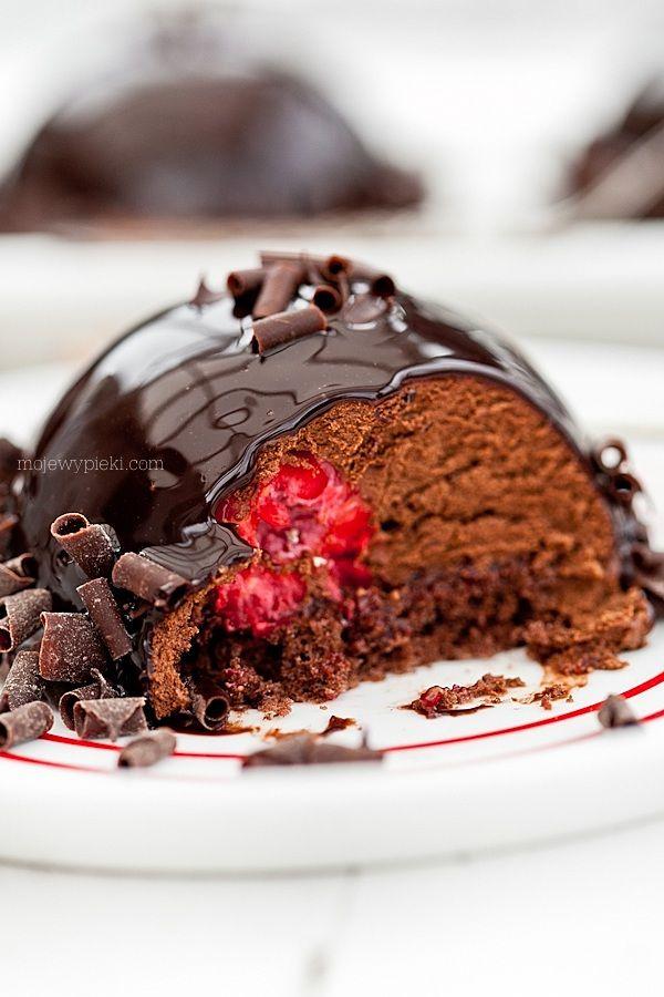 Chocolate Island, chocolate mousse with raspberries