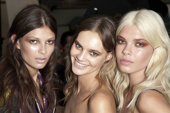 Bronzer tips for every skin tone! Pin now and check it out before you shop!