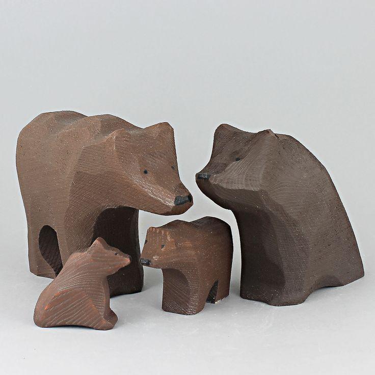 "Johan ""Jönne"" Malmström (2000s) Brilliant Bear Family in Wood"