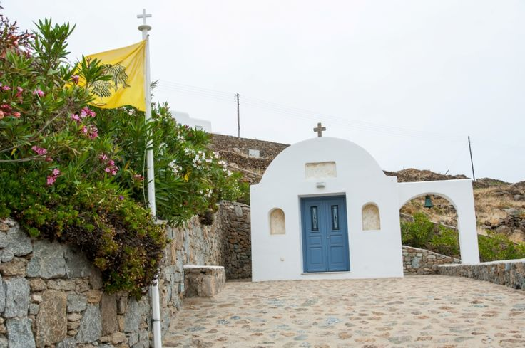 This is the traditional Myconian church that somebody can find in the landscape of the big Villa Houses.