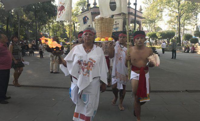 REPRESENTAN LAS EXEQUIAS DE TEZOZOMOC, EN HONOR AL GRAN TLATOANI TEPANECA