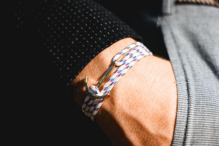 Classy anchor bracelet