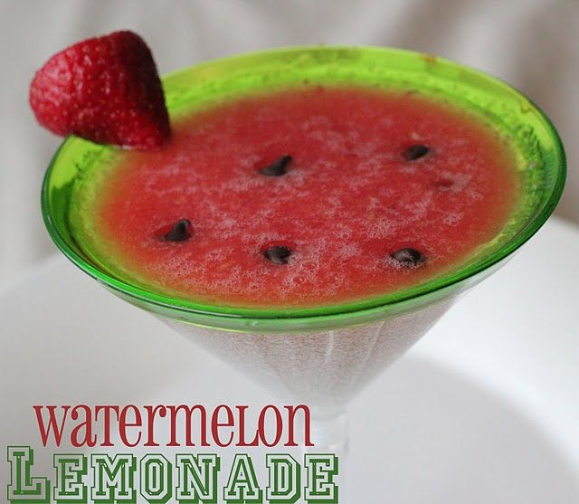 Watermelon lemonade ~ This is a cute idea. I think I may try it out for my bbq this weekend. We'll have a lot of little ones over. :)