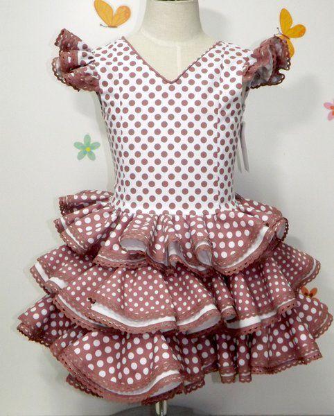 Traje de gitana flamenca para niña realizado a mano realizado a mano por nuestras propias modistas. Consulta nuestra tienda online www.mibebesito.es