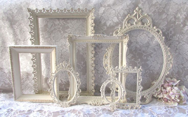 Shabby Chic Frames, Ornate Frames, Vintage Frames, Cream White and Gold Frames Set, Open Frames, Wall Gallery Frames, Nursery, Wedding Decor par GardenofChic sur Etsy https://www.etsy.com/fr/listing/208361348/shabby-chic-frames-ornate-frames-vintage