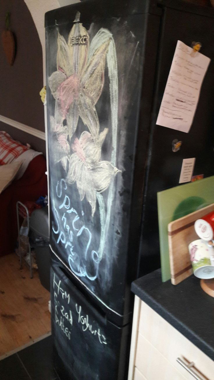 Chalkboard painted fridge!