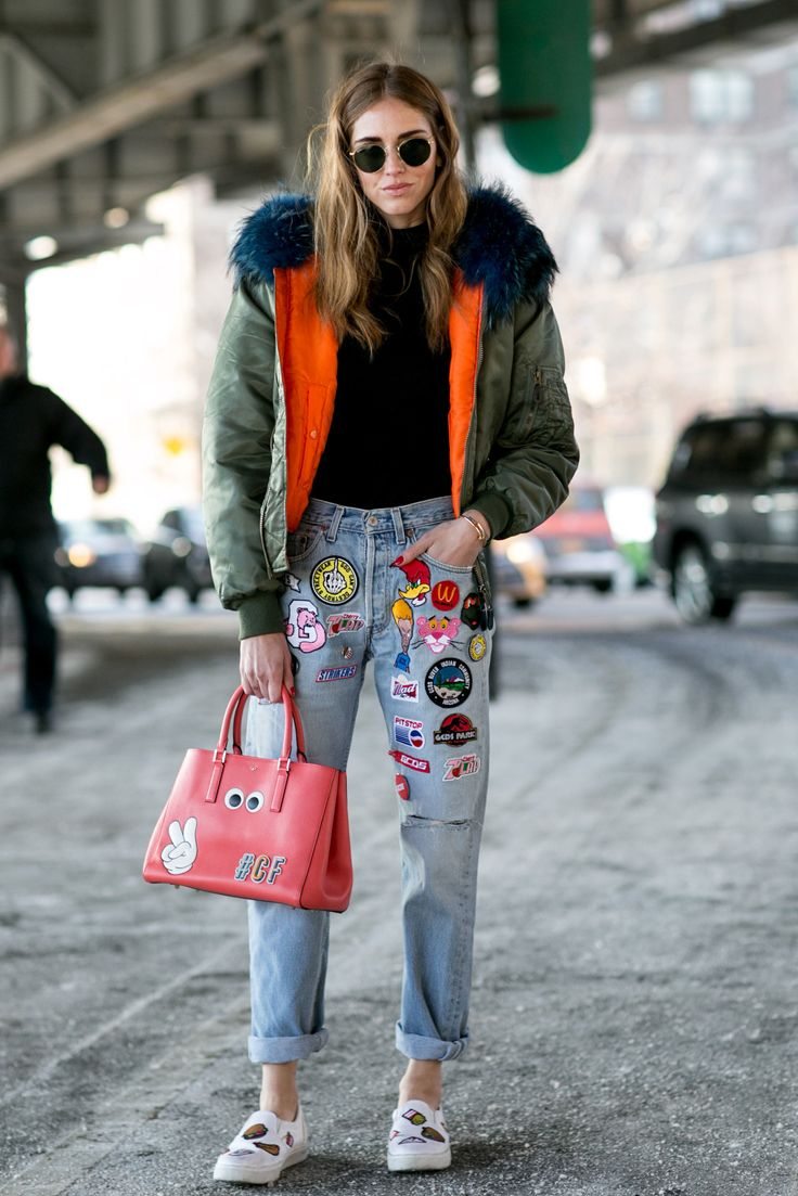 Mix statement patch or embroidered denim with a puffer jacket for a playful winter outfit