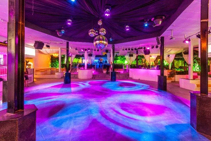 Moli Blanc – Dancing In The Old Windmill ... Moli Blanc Javea Nightclub