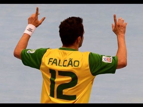 Falcao ▶ The King of Futsal ▶ Skills & Goals & Tricks HD - http://sport.linke.rs/football/falcao-%e2%96%b6-the-king-of-futsal-%e2%96%b6-skills-goals-tricks-hd/