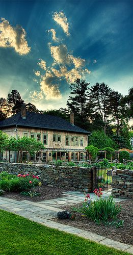 - The Cornell Plantations are botanical gardens located adjacent to the Cornell University campus