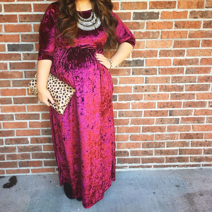 Burgundy crushed velvet dress pink Blush maternity dress boho statement necklace leopard fold over clutch purse vampy lipstick modest fashion maternity style holiday inspired look blogger mix and match mel