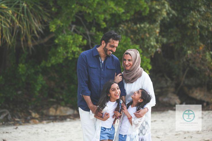 Hamilton Island Family Photographer [Beautiful Dubai Family] photography by Johanna H Studios - Johanna H Studios  Family holidaying from Dubai. Love capturing these moments for families.