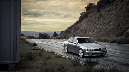 2002 BMW 540i E39 4.4-liter M62TUB44 V8 290 hp 1920×1080 HD