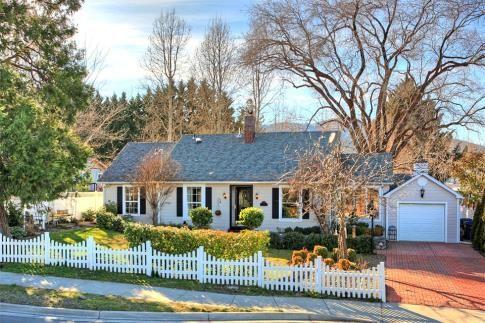 Search for Properties Medford Oregon @  http://www.medfordrealestate.net/