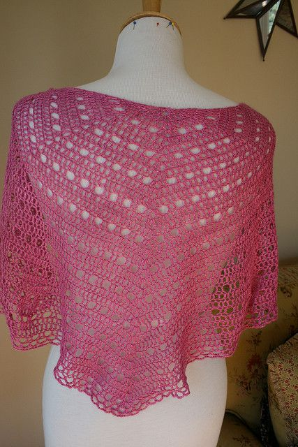 Eva s Shawl Crochet Pattern : 97 best ideas about Cal capes and ponchos on Pinterest ...