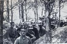 Powstańcy wielkopolscy w okopach, styczeń 1919. Fot. Wikimedia Commons