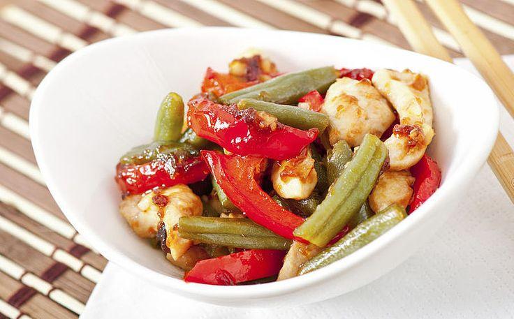 Sperziebonen met tomaat en paprika
