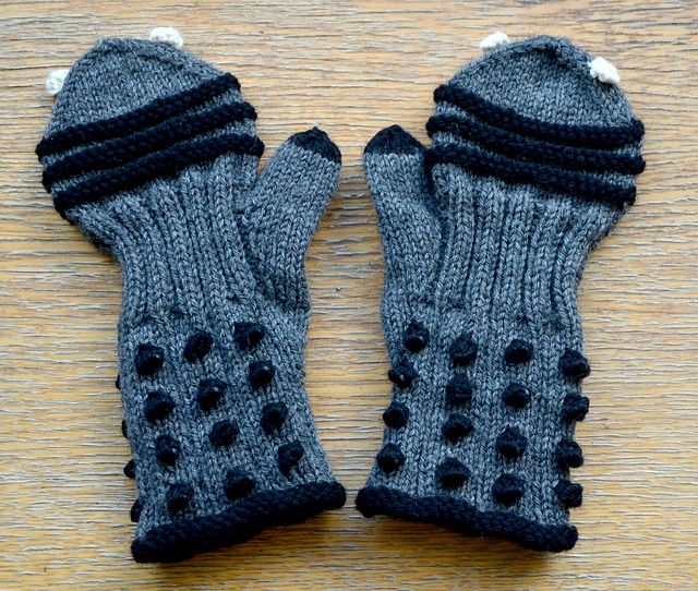 Tardis Gloves Knitting Pattern : 130 best images about Knitting is Cool! on Pinterest