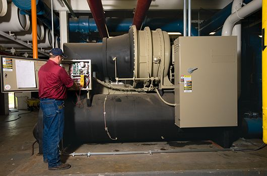 Contact one of our commercial #HVAC contractors for commercial & industrial issues! Call now for any repair & service!