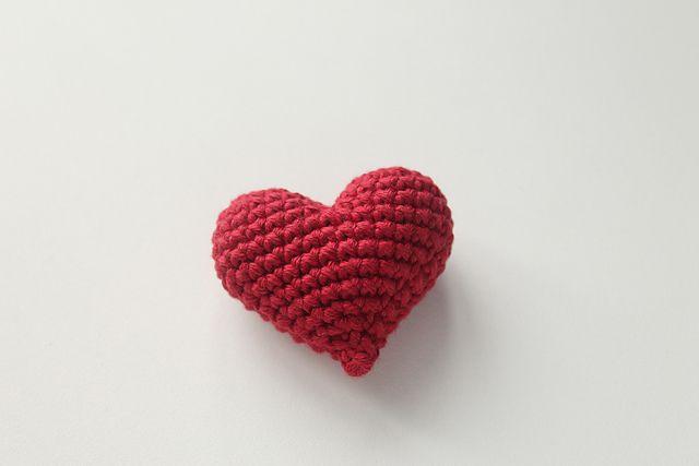 CROCHET PATTERN: 3D or PUFFY CROCHET HEART | Patrones Valhalla ENG ... | 427x640
