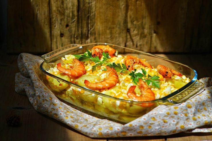 Várias camadas de ingredientes harmonizam-se numa refeição perfeita