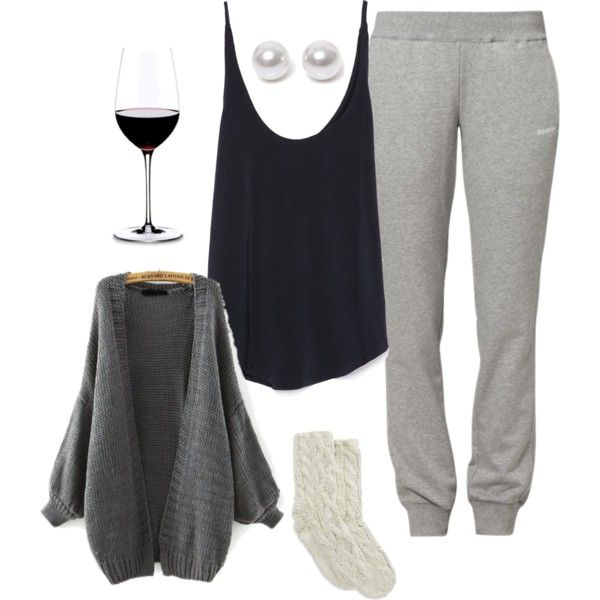 ≡ Snuggle time outfit.. Cuz I totally wear pearls when I chill out