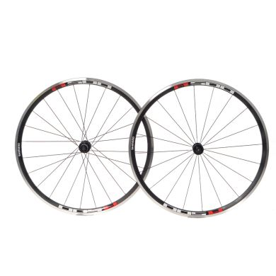 Shimano R501 C30 Wheels - Pair