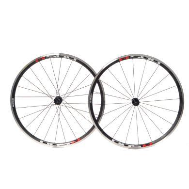 Shimano R501 C30 Wheels - Pair