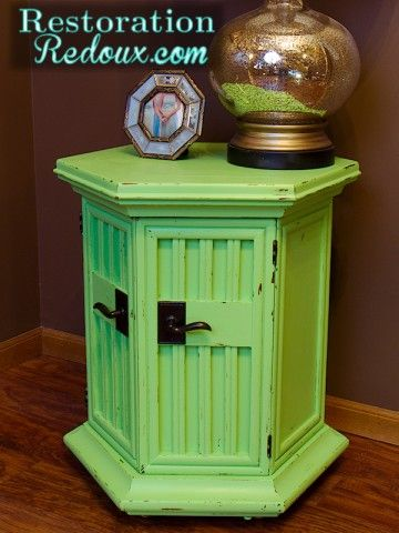 Distressed Green Chalkypainted Table  www.restorationre...