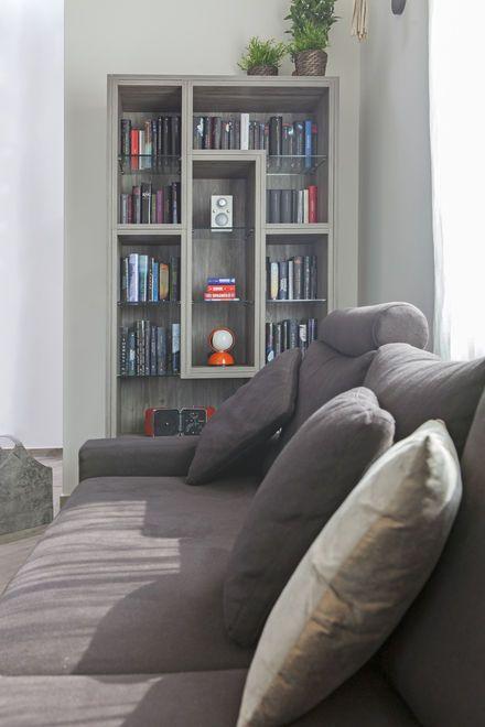 Semprelegno Falegnameria realizza su misura arredamenti per soggiorni moderni e di design. Idea Arredo Ispirazione Decor Casa. Interior Design Inspiration. Custom-made Design Bookcase Made In Italy. Interior. Interiors. Living-room furniture.