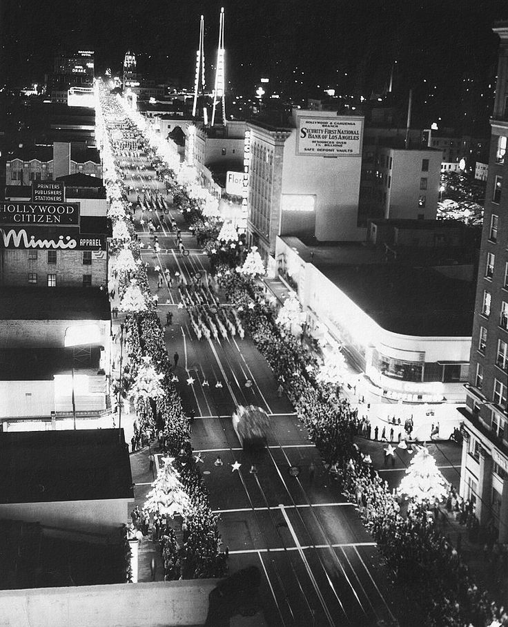 Christmas Tree Lane Los Angeles: 17 Best Images About ♥ HOLLYWOOD'S SANTA CLAUS LANE PARADE
