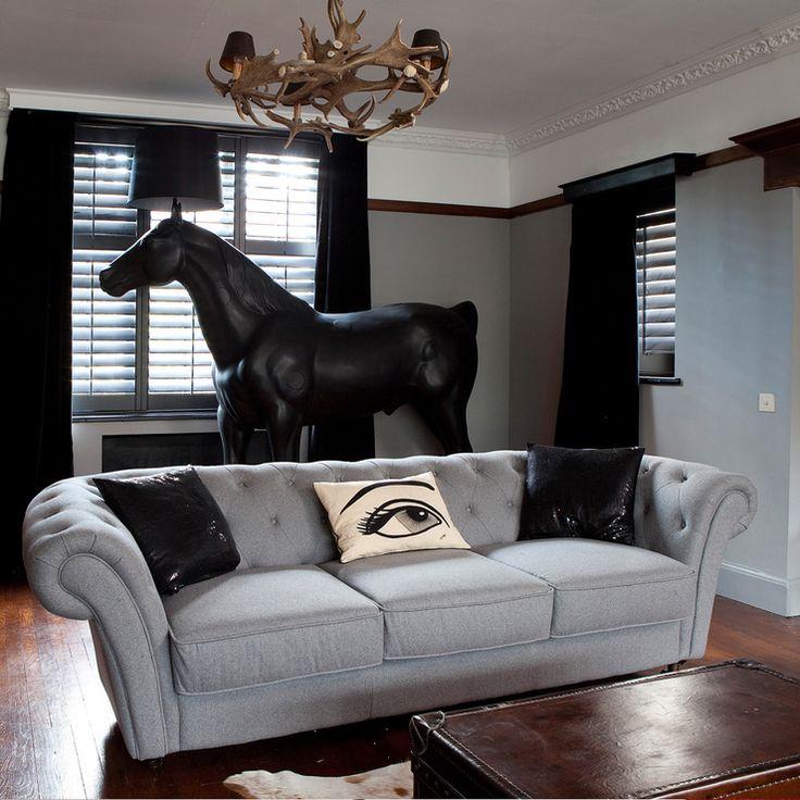 Stylish Grey Sofas For Modern Living Room  Extraordinary Living Magnificent Classic Living Room Interior Design Ideas Decorating Design