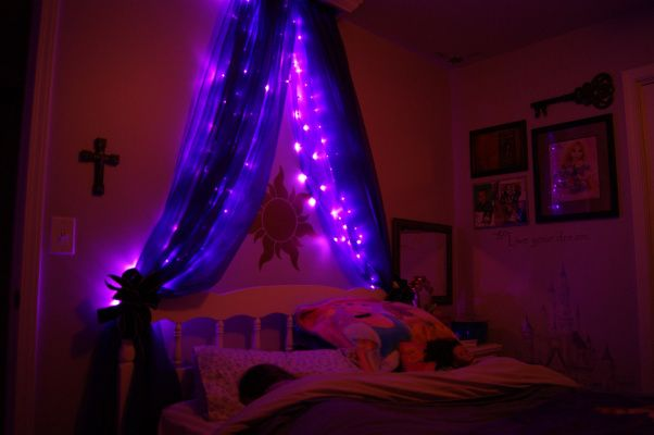 Rapunzel+Bedroom+Ideas | Tangled Up with Rapunzel, Here's our daughter's (5 years old) Rapunzel ...