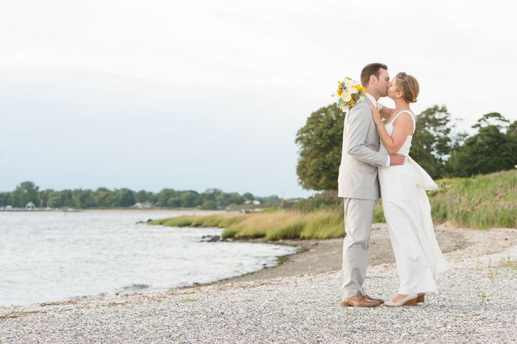 A Casual and Comfortable Wedding at Warwick Country Club in Warwick, Rhode Island