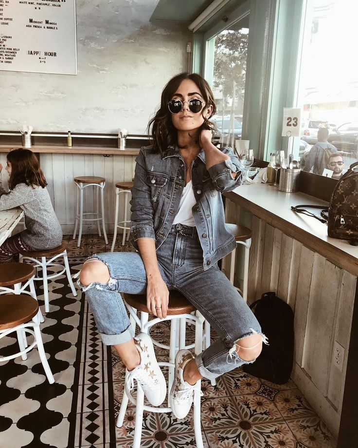 "8,459 curtidas, 232 comentários - Stephanie Weizman (@stephweizman) no Instagram: ""Denim on denim kind of day. Wearing my fav jean jacket from @liverpooljeans which is sooooo soft…"""