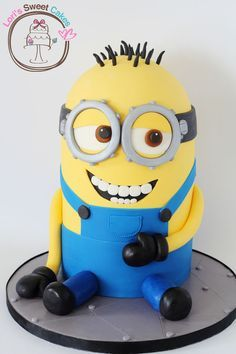 Minion cake | best stuff - Bailey's Cake Idea
