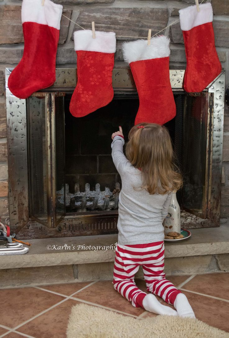 Santa is there!! A real fire place