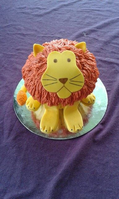 Lion giant cupcake. Could also do a dog too!