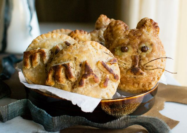 Max's Apple Butter Hand Pies | Who Wants Pie? | Pinterest