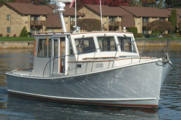 1995 Flye Point / BHM 32 Downeast Cruiser Power Boat For Sale