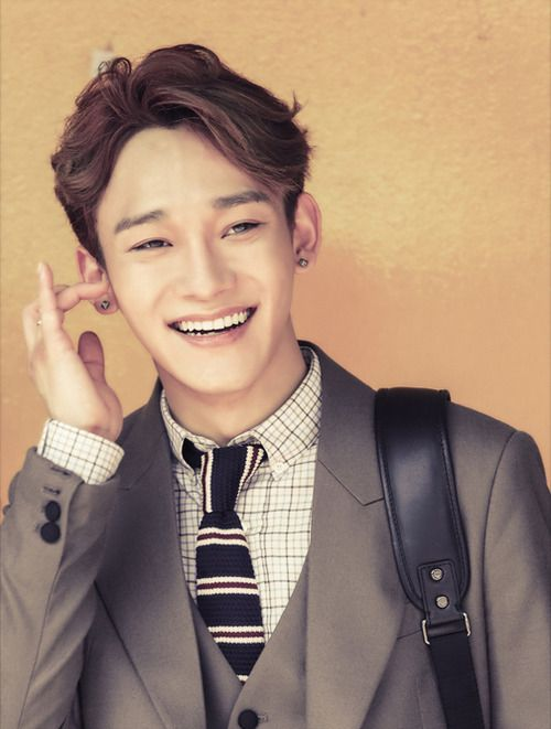 Explosion of pictures of the Chen to celebrate his birthday! Happy birthday Chen Chen!