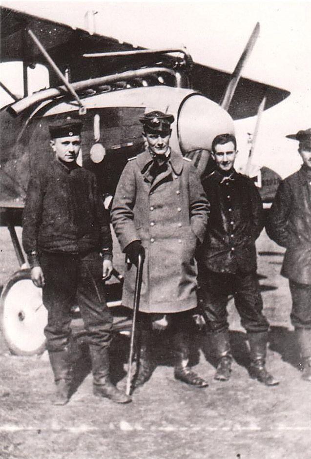 WWI Photo of Pilot Hermann Göring Jasta 26 Albatros D III #D.2049-16