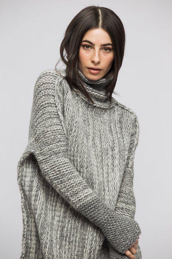 e0e8d8e68 Oversized Alpaca Chunky knit sweater. Oversized Loose knit sweater ...