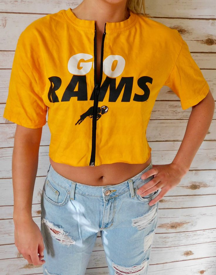 VINTAGE Virginia Commonwealth University Zip-Up Crop Tee (M) by FanSpiritFashion on Etsy https://www.etsy.com/listing/591791487/vintage-virginia-commonwealth-university