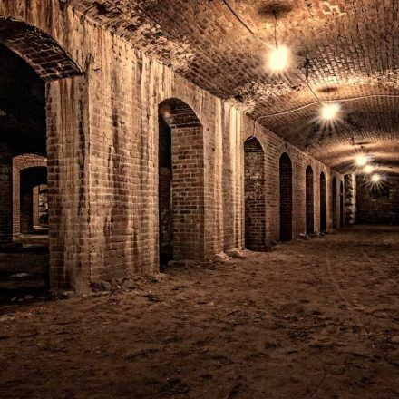 Haunted Indianapolis Ghost Walk - Historical & Heritage Tours - Take a tour downtown with friends, learn and listen to ghost stories and history with Haunted Indianapolis Ghost Walk
