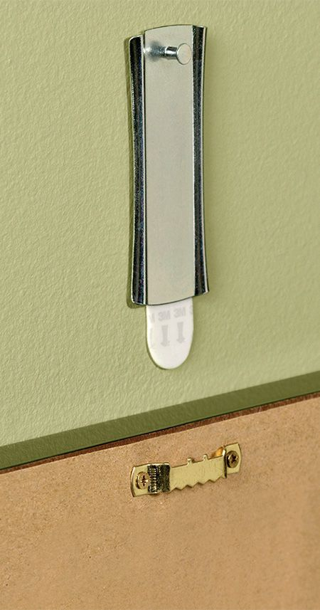 No matter what the back of your picture frame calls for, we have a damage-free solution to help you hang it up! One option is a Command™ Sawtooth Sticky Nail Hanger