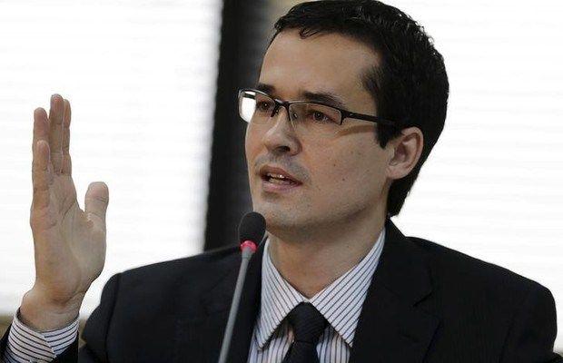 BOMBA: Deltan fraudou assinaturas no projeto das 10 medidas anticorrupção? VEJA!