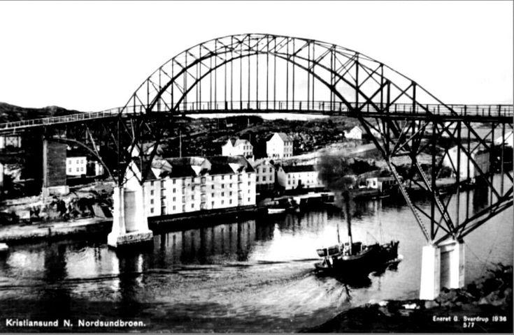 Møre og Romsdal fylke Kristiansund Nordsundbroen Utg G. Sverdrup 1936